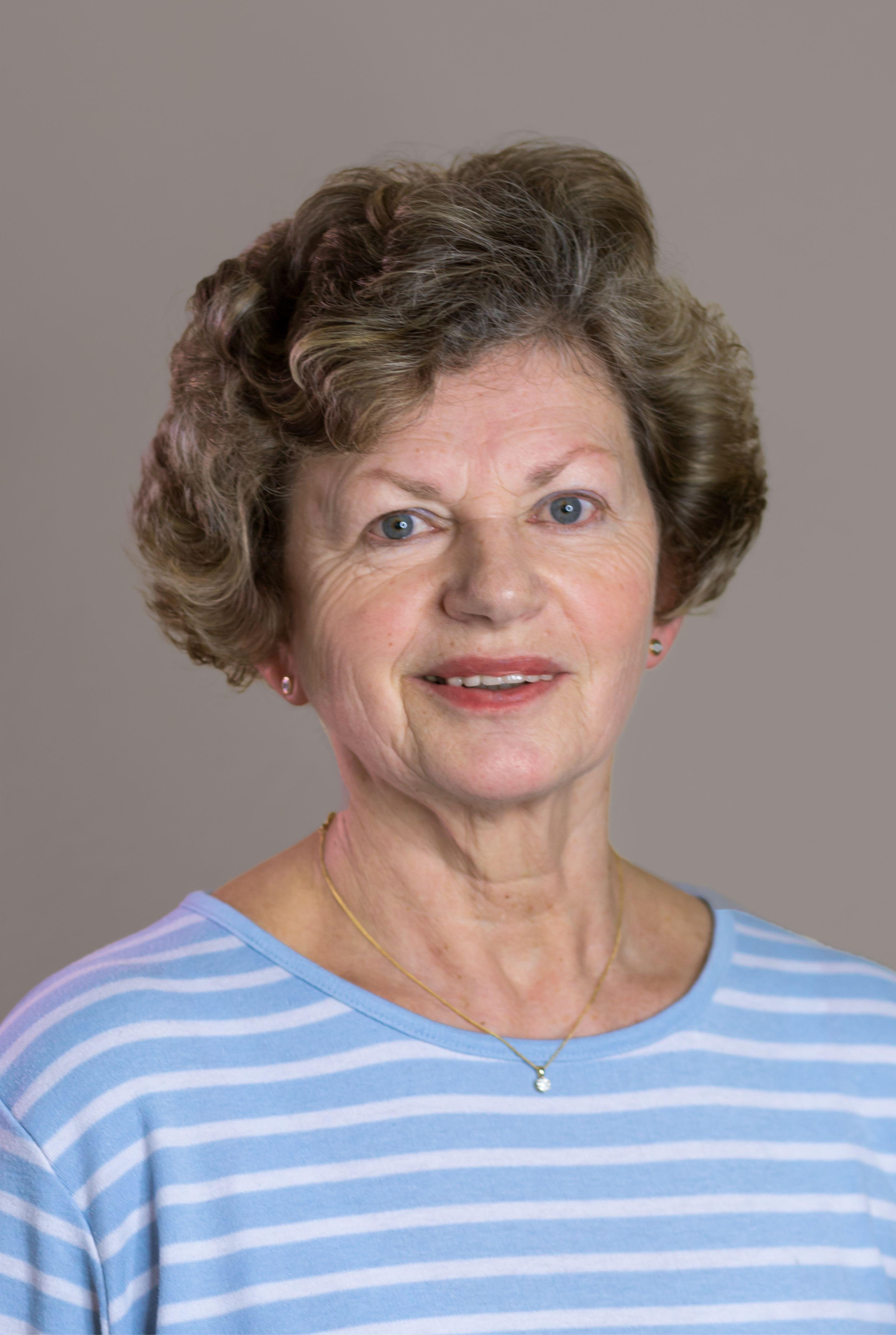 Helga Wenzel